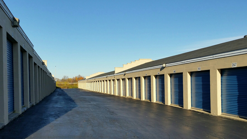 self storage units, uk, rollup doors, exterior